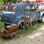 rallye anciennes véhicules collection vintage voiture moto dordogne perigord vacances exposition rassemblement