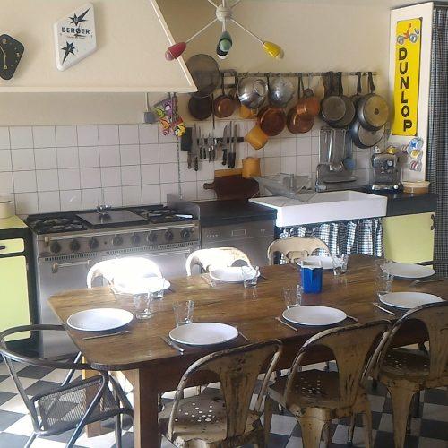 cuisine équipée gastronomie terroir déco vintage location vacance gite dordogne