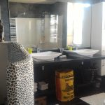 salle de bain salle d'eau sdb confort déco vintage location vacances gite dordogne astier perigueux sarlat