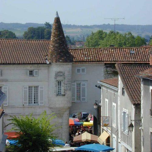 marché st astier dordogne périgord village patrimoine gourmand terroir saveurs