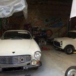 véhicules anciens vintage garage outillage location vacance